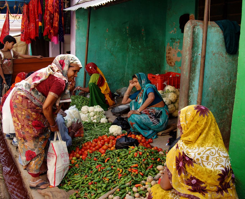 Marchandes de légumes à Nawalgarh