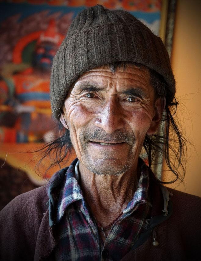 le sympathique moine gardien du gompa (monastère) d'Atitse près de Lamayuru Ladakh