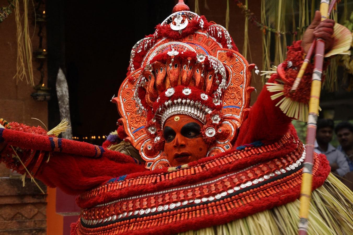 Vishnumoorthy Theyyam Rituel theyyam Kannur Malabar