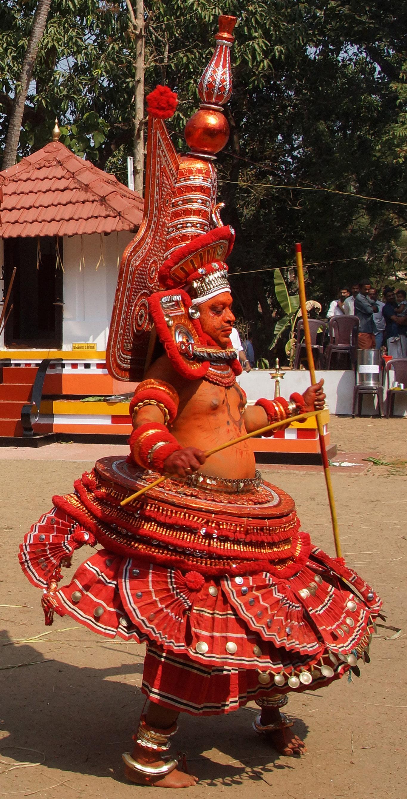 Padveeran Daivam - Rituel du theyyam - Kannur - Malabar