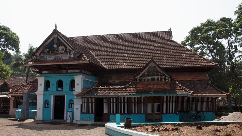tres ancienne mosquée dans un petit village près d'Allepey Kerala