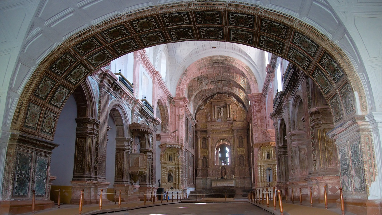 arche d'entrée église saint françois d'assise old Goa