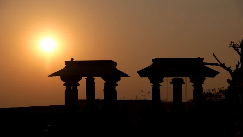 coucher de soleil temple jain Chandragiri- Sravanabelagola - Karnataka