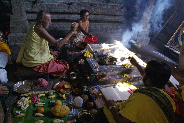 Une puja particulière sur Chamunda hill Mysore Karnataka
